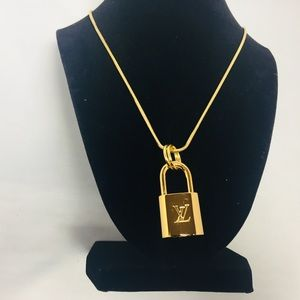 New Louis Vuitton Gold Lock Necklace With 2 Keys